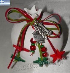 Χειροτεχνημα - Handmade Κεραμικό ρόδι - γούρια 2015 Christmas Bulbs, Christmas Gifts, Christmas Ideas, Scrap Material, Lucky Charm, Decoupage, Charmed, Stone, Holiday Decor