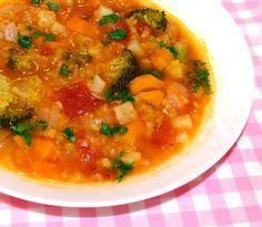 Supa italiana de linte #reteta #supa Chana Masala, Thai Red Curry, Soup Recipes, Soups, Ethnic Recipes, Food, Celery, Soup, Meals
