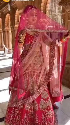 Indian Wedding Poses, Indian Wedding Video, Indian Bridal Photos, Indian Wedding Photography Poses, Indian Bridal Outfits, Latest Bridal Dresses, Wedding Dresses For Girls, Wedding Lehenga Designs, Wedding Lehanga