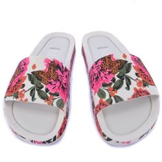 Melissa Beach Slide III Branco Rosa 32276 ($48) ❤ liked on Polyvore featuring shoes, beach shoes and beach footwear