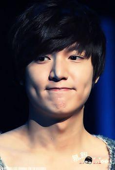 Lee Min Ho... dimples!!