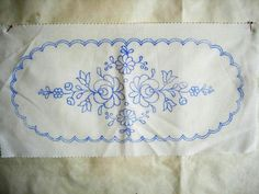 Tambour Embroidery, Hungarian Embroidery, Embroidery Motifs, Embroidery Transfers, Embroidery Neck Designs, Outline Designs, Applique Templates, Couture, Needlework