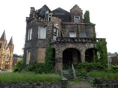 A photo of the abandoned Hitzrot House, also known as the McKeesport Castle built by Frederick C. Sauer.