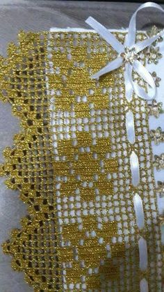 Easiest Crochet Frills Border Ever! Crochet Boarders, Crochet Lace Edging, Crochet Diagram, Crochet Stitches Patterns, Filet Crochet, Irish Crochet, Baby Knitting Patterns, Crochet Doilies, Stitch Patterns