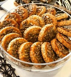 Cookie Recipes, Snack Recipes, Dessert Recipes, Good Food, Yummy Food, Delicious Desserts, Sweet Cookies, Turkish Recipes, Snacks