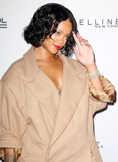 Fashion fan blog from industry supermodels: RIHANNA at 69th Annual Parsons Benefit in New York...