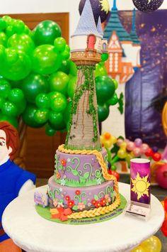 Theme Rapunzel Tangled Birthday for Princess Aryana Rapunzel Birthday Cake, Rapunzel Cake, Tangled Birthday Party, Birthday Cake Girls, Birthday Party Themes, 5th Birthday, Birthday Cakes, Happy Birthday, Sweet Table Wedding