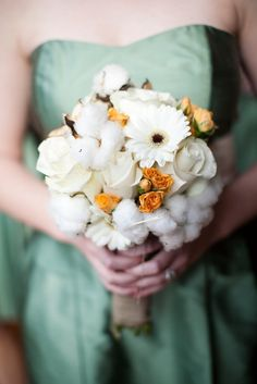 Cotton and roses, cute winter theme bouquet idea.LOVE THIS!!!!!!