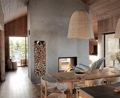 Et av våre superfine LYSTHUS i det nyeste InteriørMagasinet Modern Cabin Interior, Interior Design, Modern Cabins, My Living Room, Living Spaces, Cabin Interiors, Cabin Design, Home Upgrades, Interior Inspiration