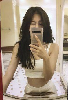 𝙟𝙚𝙣𝙣𝙞𝙚 ———— jhope_ig on twt Mode Ulzzang, Ulzzang Girl, Kim Jennie, Jennie Kim Tumblr, My Girl, Cool Girl, Mode Kpop, Cute Korean Girl, Black Pink Kpop