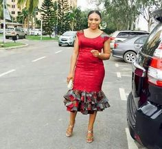 Plain Material And Ankara Combinations Styles : Simple Ankara Gown Styles .Plain Material And Ankara Combinations Styles : Simple Ankara Gown Styles African Attire, African Wear, African Dress, African Style, African Print Fashion, African Fashion Dresses, Fashion Prints, Ankara Fashion, African Prints