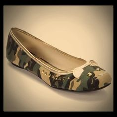 Camouflage mouse animal face studded ballet flats So cute. New without box. Shoes Flats & Loafers