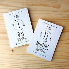 "Baby's ""First Year"" Milestone Cards - Set of 22 - Printable - Digital - Chic - Modern - Monochrome - Boho - Unisex - Baby & Pregnancy Gift von WeNoStudiosArt auf Etsy https://www.etsy.com/de/listing/272364348/babys-first-year-milestone-cards-set-of"