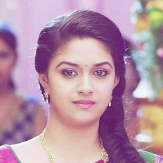 Keerthy Suresh Latest Hot HD Photos/Wallpapers - My Best Makeup List Indian Actress Images, South Indian Actress Hot, South Actress, Indian Film Actress, Indian Actresses, Beautiful Girl Indian, Most Beautiful Indian Actress, Beautiful Girl Image, Beautiful Bollywood Actress