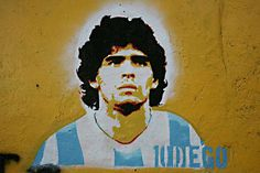 Diego Maradona murals, graffiti & stencils in Buenos Aires in La Boca, Palermo & other neighbourhoods of the Argentine football legend © Buenos Aires Street Art Stencil Street Art, Stencil Graffiti, Stencil Art, Stencils, Original Wallpaper, Hd Wallpaper, Saint Diego, Argentina Football, The Good Son