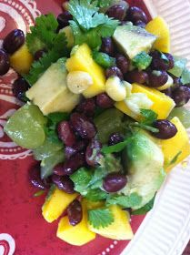 """Point-less"" Meals: Black Bean, Corn, Green Grape, and Avocado Salad"