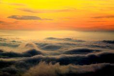 栃木県の高原山から撮影した雲海です。