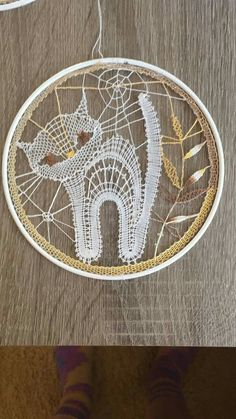 Macrame Projects, Crochet Projects, Lace Patterns, Crochet Patterns, Crochet Dreamcatcher, Crochet Wall Hangings, Diy Lip Balm, Lacemaking, Lace Heart