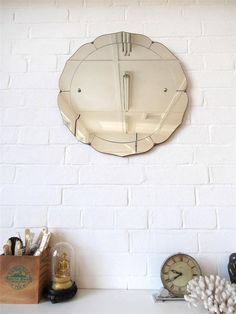 Vintage Round Art Deco Wall Mirror with Flower Shape by uulipolli