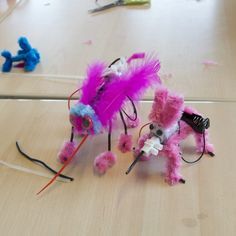 Maak een robot tijdens de techniekles of beeldende vorming! Kinderen maken een grappig bibberend robotje in anderhalf uur en ze kunnen hun fantasie helemaal vrij baan geven.