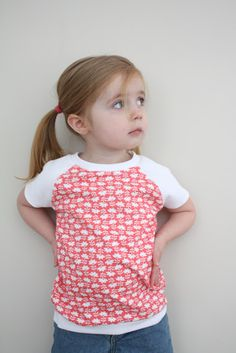 SEW T-SHIRT craftiness is not optional: raglan tee tutorial. this is happening! Sewing Kids Clothes, Sewing For Kids, Baby Sewing, Doll Clothes, Diy Clothing, Clothing Patterns, Clothes Refashion, Girls Shirt Pattern, Shirt Patterns
