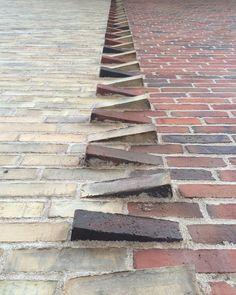 "439 gilla-markeringar, 5 kommentarer - b r i c k s i n w a l l s (@bricksinwalls) på Instagram: ""Detail from another magnificent example of new beautiful brickwork: the incredible Bispebjerg Bakke…"""