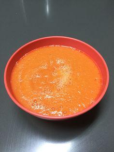 Papilla de melón y papaya  A partir de 6 meses  Licuar un pedacito de cada una.