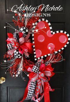 Funky Heart Wreath Valentine& Day Wreath by DesignsAshleyNichole holidaywreaths Funny Valentine, Roses Valentine, Valentine Day Wreaths, Homemade Valentines, Valentines Day Decorations, Valentine Day Crafts, Love Valentines, Holiday Wreaths, Valentine Ideas