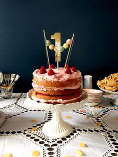 Naked cake, first birthday