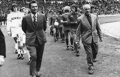 Football Club managers Brian Clough and Bill Shankly lead out their teams at Wembley Stadium for the Charity Shield match between league champions. Liverpool Football Club, Liverpool Fc, Kolo Toure, Fa Community Shield, Brian Clough, Bob Paisley, Bill Shankly, Wembley Stadium, Leeds United