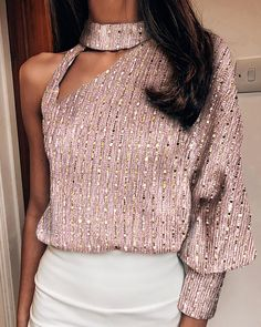 Size: S,XL,L,MStyle:FashionPattern Type:SequinsMaterial:PolyesterNeckline:One ShoulderSleeve Style:Long SleeveLength:RegularOccasion:ClubPackage Inclu. - Sequins One Shoulder Cut Out Design Blouse Sequin Shirt, Sequin Top, Shoulder Cut, Shoulder Sleeve, Looks Chic, Cut Out Design, Long Sleeve Turtleneck, Party Shirts, Fashion Outfits