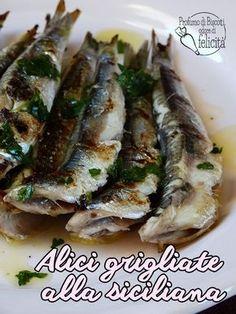 ALICI GRIGLIATE ALLA SICILIANA con un super gustoso salmoriglio! #ricette #sicilia #pesce #alici #cucina Fish And Seafood, Sicily, Fish Recipes, Asparagus, Alice, Pork, Food And Drink, Vegetables, Cooking