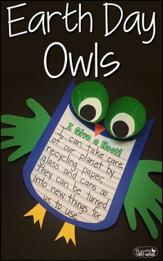 Earth Day Activities: Whooo loves the Earth? Earth Day hoot owls make a great bulletin board for Earth Day and April. Write about taking care of the earth and create an adorable Earth Day display. So cute! #earthdayactivties
