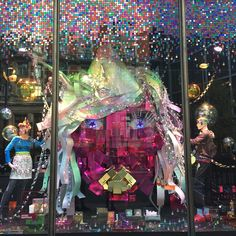 Harvey Nichols, London 2015 Christmas windows Plus Store Window Displays, Museum Displays, Fashion Displays, Harvey Nichols, Retail Design, Visual Merchandising, Poppies, Christmas Windows, Shop Windows