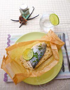 Filet de dorade en papillote et risotto au citron vert et lait de coco.