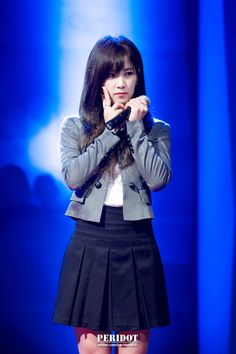Chorong! Hosan University Festival   Cr: peridot0415