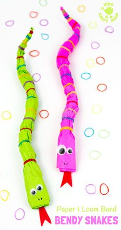 WEEK 8 BENDY SNAKES are a fun recycled kids craft. This snake craft is made from news paper and loom bands! A fun way to make movable homemade snake toys that can be long, short, fat, thin and in any colour you like! Animal Crafts For Kids, Crafts For Kids To Make, Craft Activities For Kids, Preschool Crafts, Craft Kids, Snakes For Kids, Snake Crafts, Recycling For Kids, Recycled Crafts Kids