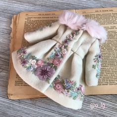 Ideas Diy Fashion Dresses Doll Clothes For 2019 Fashion Kids, Womens Fashion, Doll Clothes Patterns, Sewing Patterns, Knitting Patterns, Diy Fashion Dresses, Pink Faux Fur, Sewing Dolls, Faux Fur Collar