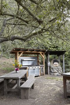 Slide Ranch outdoor kitchen Marin California l Gardenista