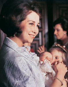 Una mirada a la vida del Príncipe de Asturias en su 45º cumpleaños #realeza #casareal #royals #royalty