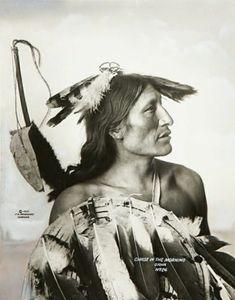 Chase In The Morning (aka Anpao Wakuwa), Oglala Lakota Sioux, Omaha, Nebraska 1899 | Photo: Frank A. Rinehart
