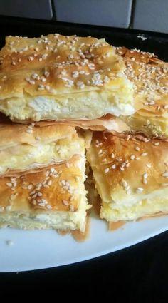 Greek Desserts, Greek Recipes, Desert Recipes, Pizza Tarts, Greek Pita, Food Gallery, Greek Cooking, Fruit Tart, Food Platters