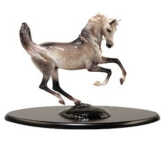 I has loved this statue ever since I first saw it in the Back in the Saddle catalog.