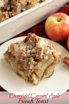 Overnight Caramel Apple French Toast ~ Delicious, Make Ahead Breakfast! French Toast Casserole Loaded with Caramel and Appleos! What's For Breakfast, Breakfast Items, Breakfast Dishes, Breakfast Recipes, Christmas Breakfast, Breakfast Casserole, Breakfast Specials, Overnight Breakfast, Christmas Brunch