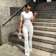 All white outfit, sunglasses - ChicLadies. Sporty Outfits, Mode Outfits, Classy Outfits, Trendy Outfits, Girl Outfits, Fashion Outfits, Fashion Ideas, Fashion Clothes, All White Outfit