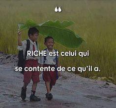 Riche est celui qui se contente de ce qu'il a. #citation #citationdujour #proverbe #quote #frenchquote #pensées #phrases #french #français