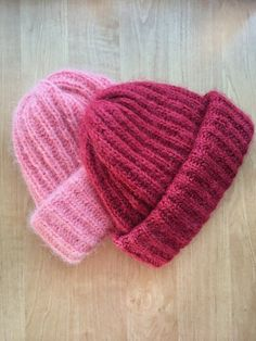 Red Mohair Beanie Hand Knit Beanie Wool Beanie Arm   Etsy Thick Yarn, Mohair Yarn, Arm Knitting, Shaggy, Knit Beanie, Knitted Hats, Knit Crochet, Arms, Wool