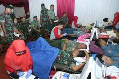 Peringati HUT ke-70, TNI Gelar Donor Darah dan Bazar di Cilangkap:http://www.intriktimes.com/http:/www.intriktimes.com/topik/intriktimes/peringati-hut-ke-70-tni-gelar-donor-darah-dan-bazar-di-cilangkap/