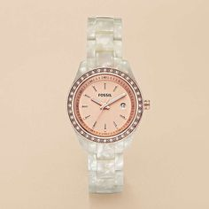 I'm not usually a big fan of pink, but i LOVE this watch