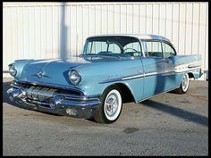 1957 Pontiac Starchief Hardtop